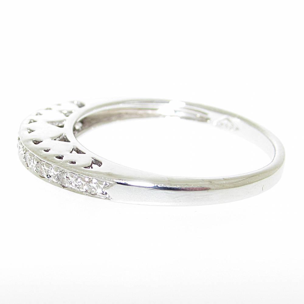 Anello veretta diamanti rotondo brillante carati 0,09 colore G purezza VS1.