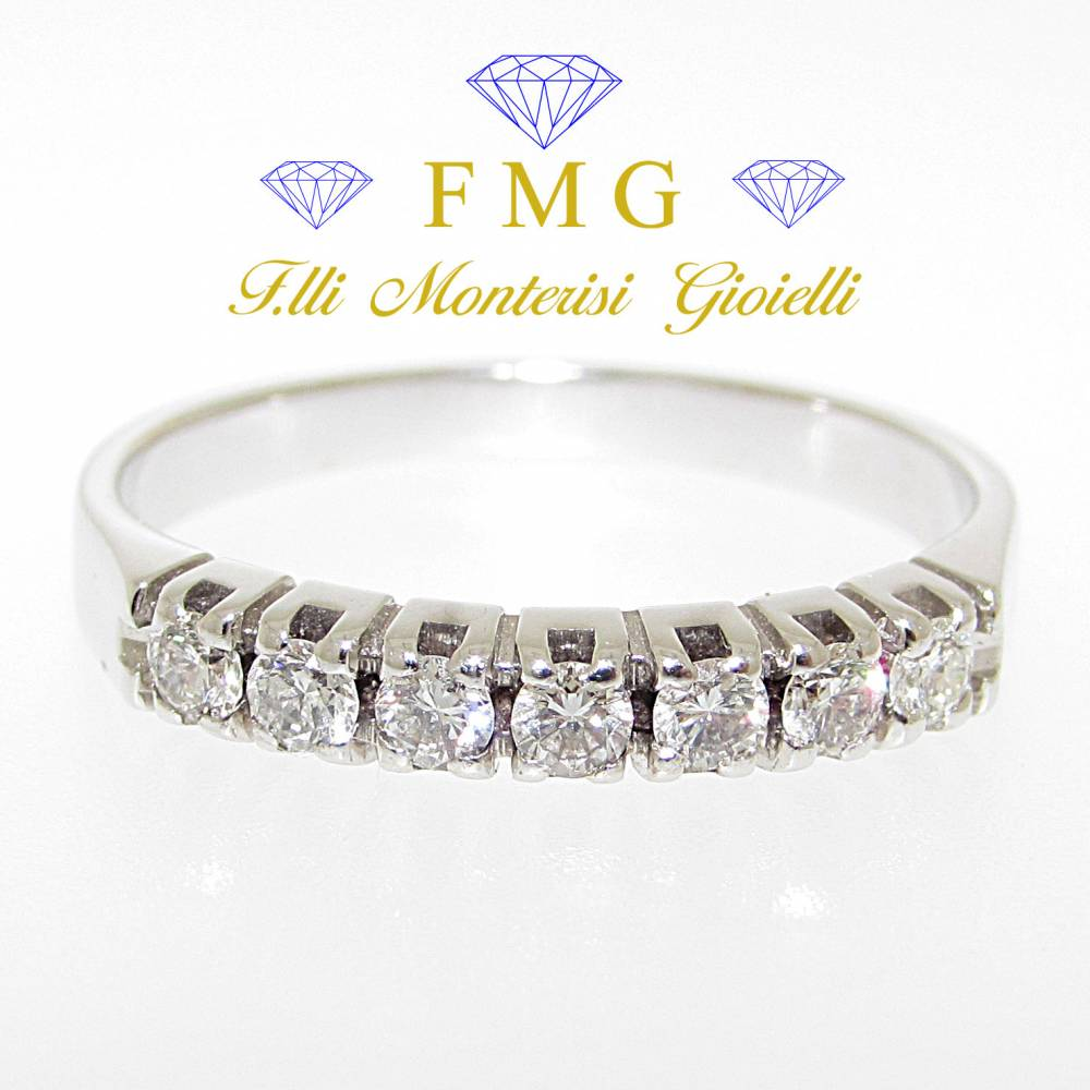 Anello veretta diamanti rotondo brillante carati 0,35 colore G purezza VS1.