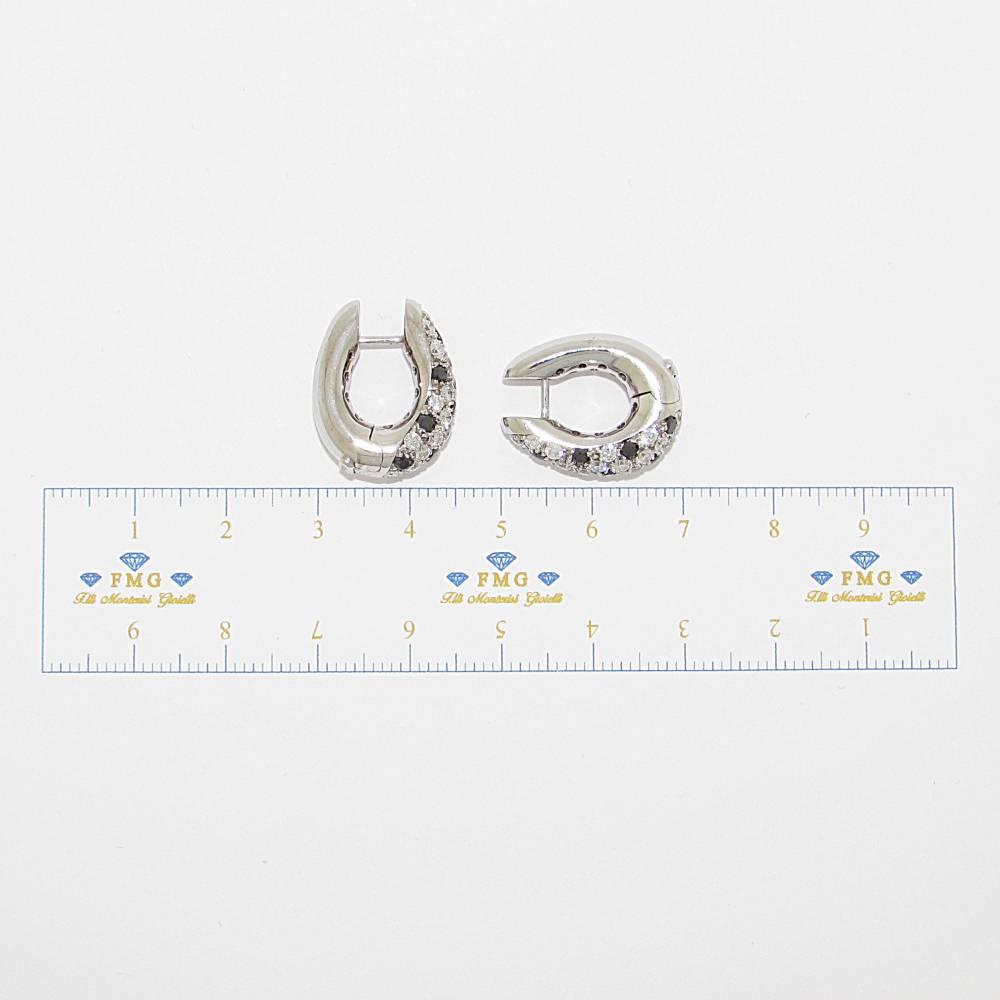 Orecchini Valente diamanti neri e diamanti colore G purezza VVS1 carati tot. 1,86.